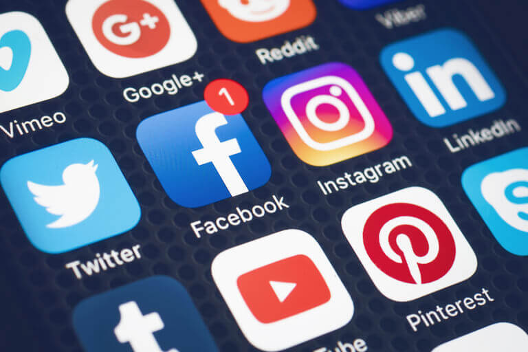 οφελη-των-social-media-για-επιχειρησεις-smartwebdesign